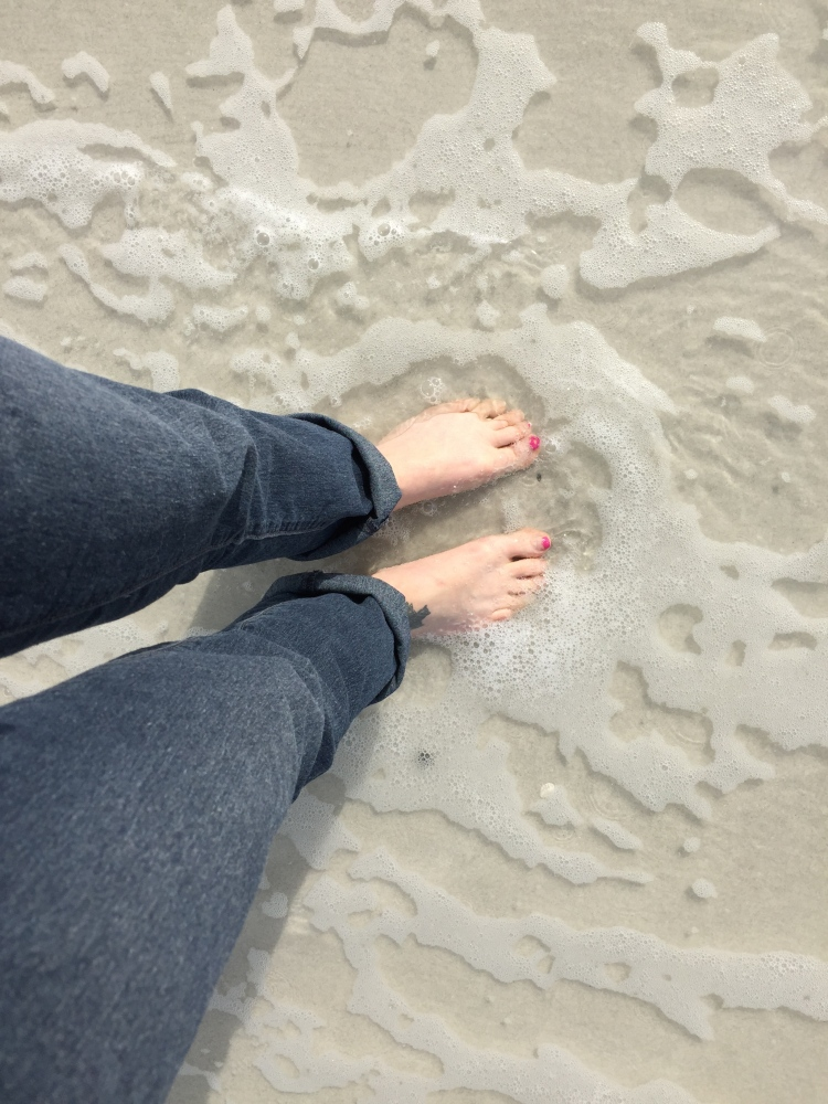 feet-in-water